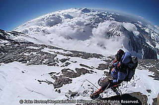 Dave Hahn at 27,600 feet on the North Face of Everest in 2004.