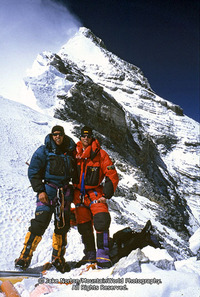 Jake_norton_tap_richards_on_everest